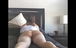 Showing of Her Tight-fisted Ass and Pussy