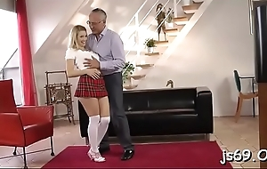 Amateur schoolgirl gets to drove a heavy dong for homework