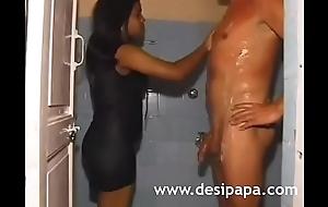 White-stud-fucking-an-indian-call-girl-in-mumbai