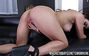 Keilani Kita fingers with an increment of toys her trimmed cunt