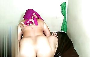 Mohini cumed in the brush ass