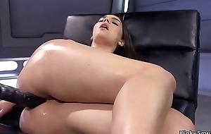 Jumbo tits slattern anal fucks machine