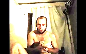 Fazendo massagem no p&eacute_ da esposa!  Pigmeudagger n&atilde_o resiste e beijei o pezinho dela