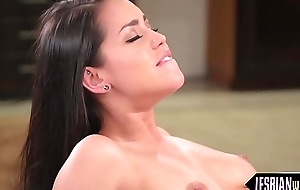 Hot lesbians indulge in down in the mouth trine