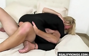 Horny blonde milf (Simone Sonay) takes some younger cock - Sure thing Kings