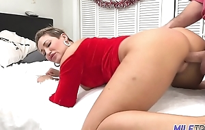 MILF Trip - Thick MILF close to Santa outfit gets slayed