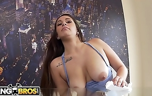 BANGBROS - Latina Young lady Evie Olson Cleans The Scullery And Jmac'_s Big Load of shit