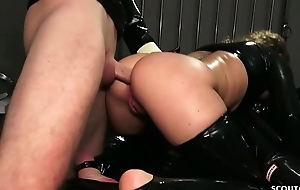 German BDSM - FETISCH LATEX DREIER MIT ANAL SEX Stint IN DEUTSCH