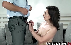Mature looker penetrated big cock style coupled with fed cum